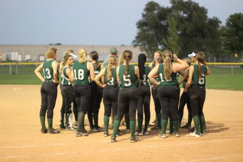 LSW Softball Returns to the Diamond Two Days in a Row