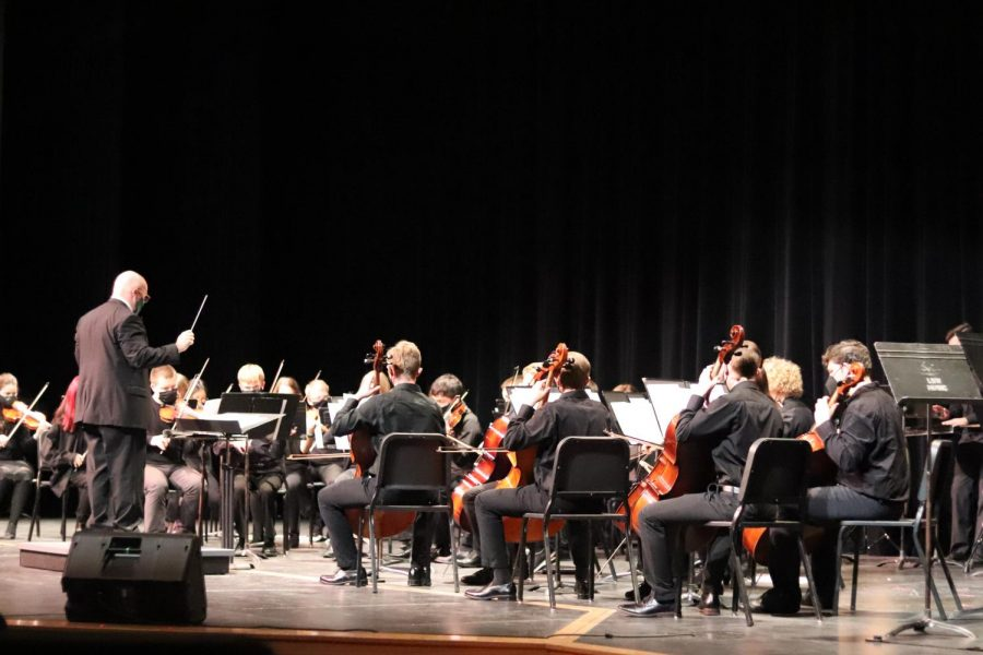 E-Wing Performs in Annual Fall Performance